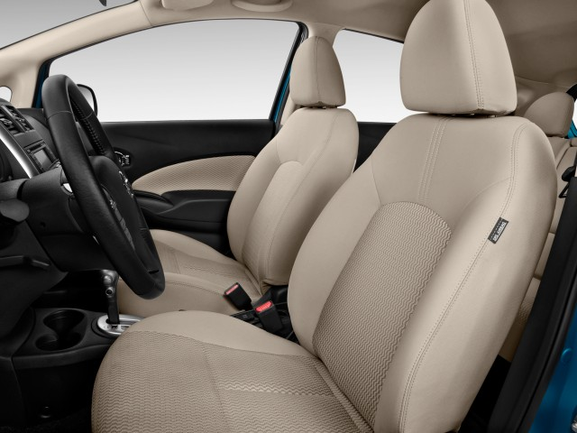 2014 Nissan Versa Note 5dr HB CVT 1.6 S Plus Front Seats