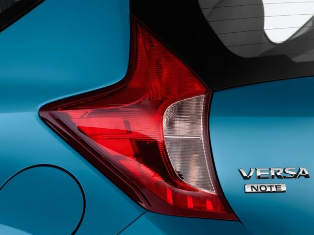 2014 Nissan Versa Note 5dr HB CVT 1.6 S Plus Tail Light