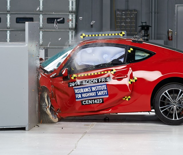 2014 Scion FR-S - IIHS small front overlap crash test