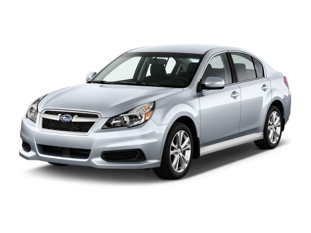 2014 Subaru Legacy 4-door Sedan H4 Auto 2.5i Premium Angular Front Exterior View