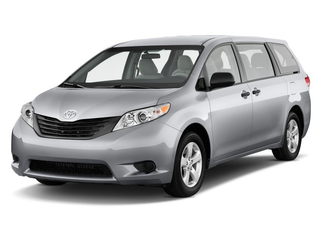 2014 Toyota Sienna 5dr 7-Pass Van V6 L FWD (Natl) Angular Front Exterior View