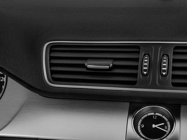2014 Volkswagen CC 4-door Sedan DSG Sport *Ltd Avail* Air Vents
