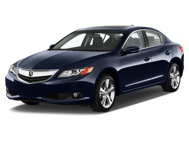 2015 Acura ILX 4-door Sedan 2.0L Tech Pkg Angular Front Exterior View