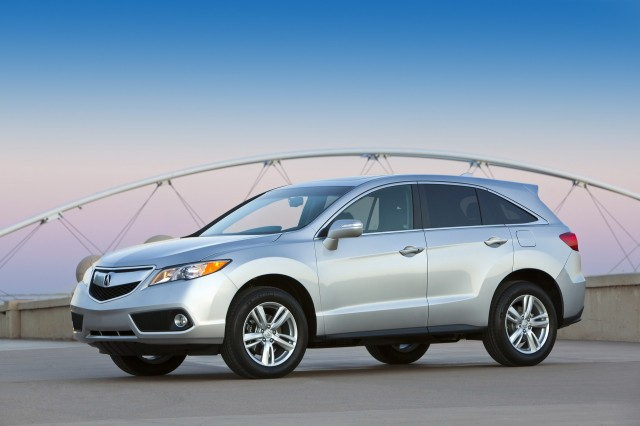 Acura doubles up on certified pre-owned car warranty program, adds free maintenance