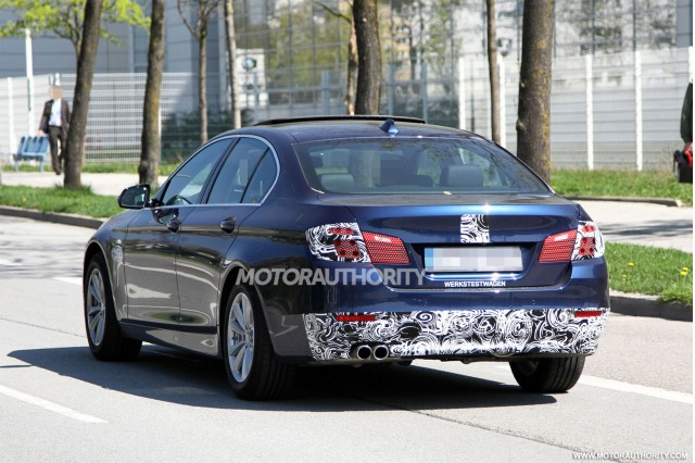 2014 BMW 5-Series facelift spy shots