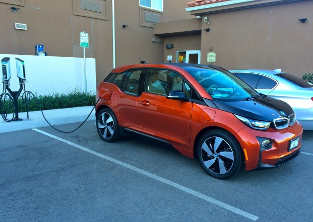 2015 BMW i3 REx charging at The Oaks Hotel, Paso Robles, California [photo: Jeff Pantukhoff]
