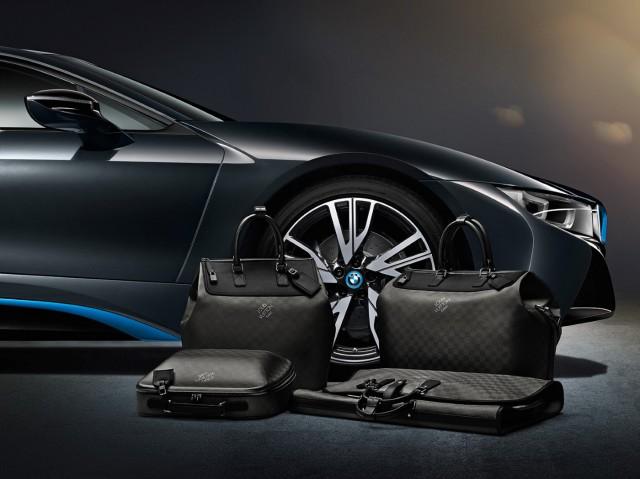 2015 BMW i8 Louis Vuitton luggage set