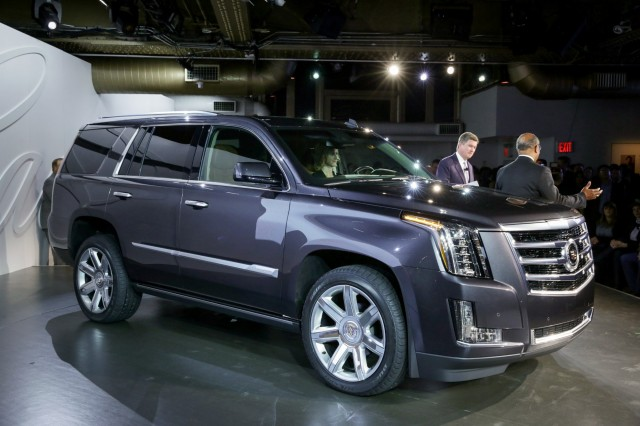 2017 Cadillac Escalade May Still S Ext Pickup And Hybrid Variants Report