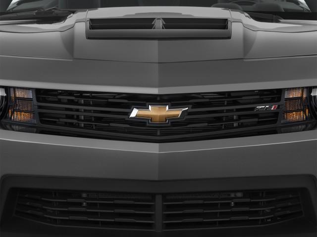 2015 Chevrolet Camaro 2-door Convertible ZL1 Grille
