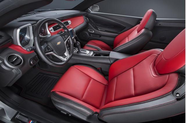 2015 Chevrolet Camaro Commemorative Edition Rolls Into Sema