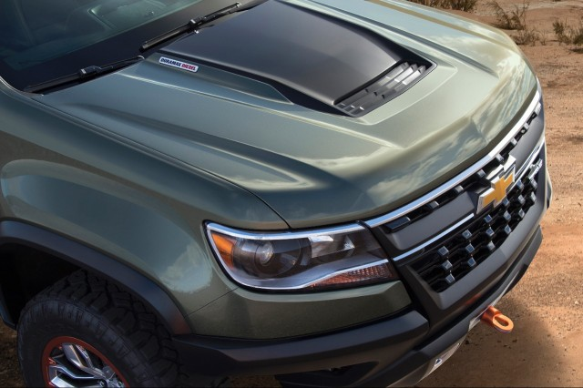 2016 Chevy Colorado Diesel: Specs And ZR2 Off-Road Concept ...
