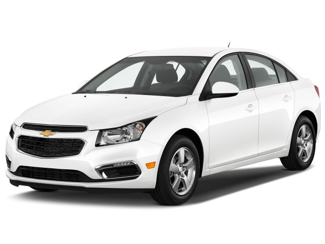 2015 Chevrolet Cruze 4-door Sedan Auto 1LT Angular Front Exterior View