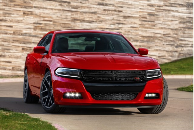 2015 Dodge Charger, 2015 Nissan Murano, LaFerrari XX: What's New @ The Car Connection