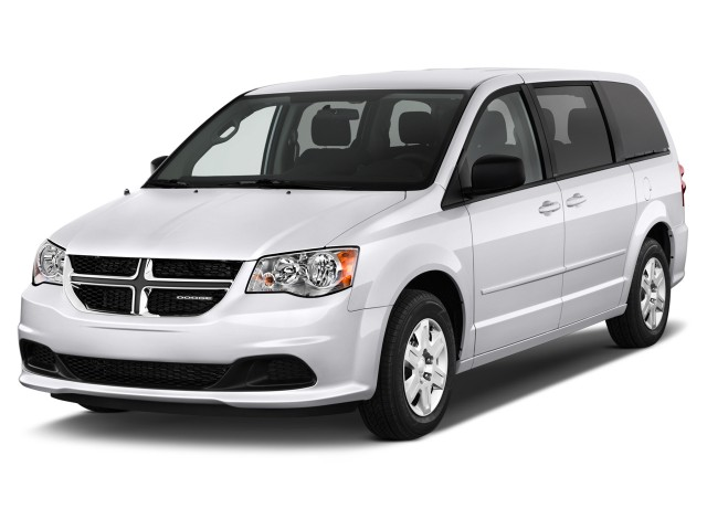 2015 Dodge Grand Caravan 4-door Wagon SE Angular Front Exterior View