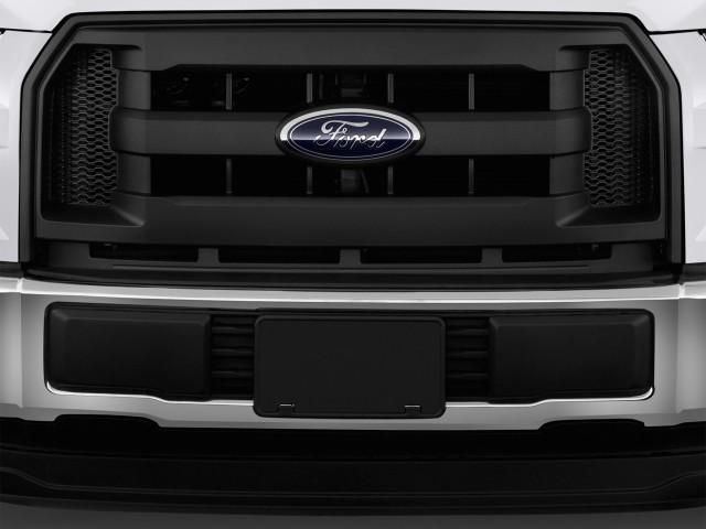 2015 Ford F-150 2WD Reg Cab 122.5