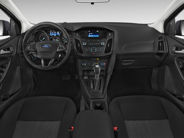 2017 Ford Focus 5dr Hb Se Dashboard