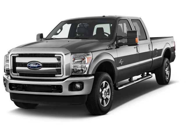 """2015 Ford Super Duty F-350 SRW 4WD Crew Cab 156"""" Lariat Angular Front Exterior View"""