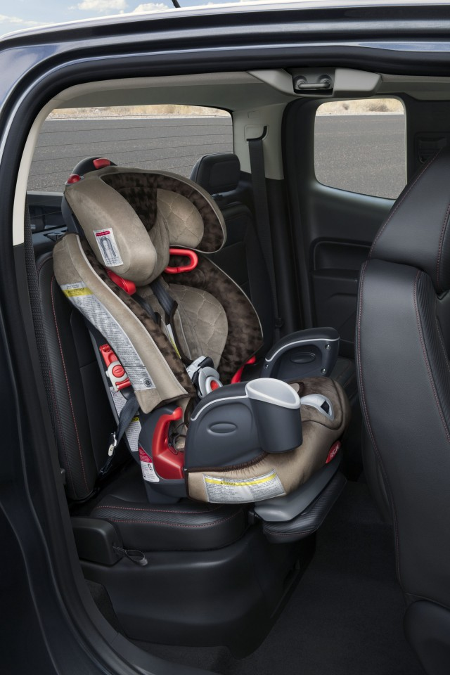 2015 GMC Canyon rear child seat