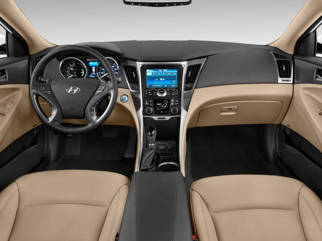 Beautiful 2015 Hyundai Sonata Hybrid 4 Door Sedan Limited Dashboard