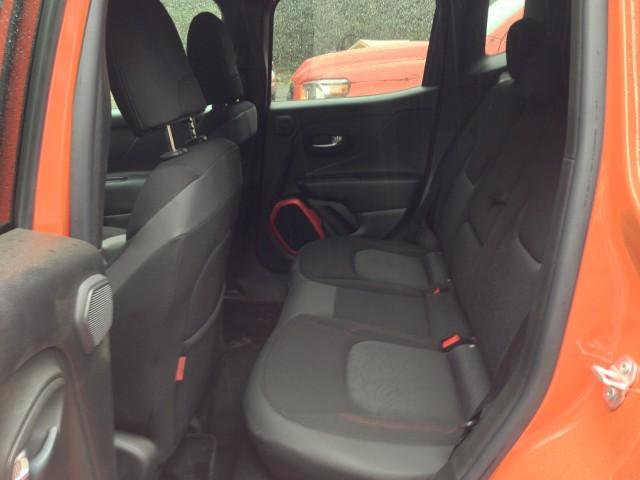 2015 Jeep Renegade - back seat legroom