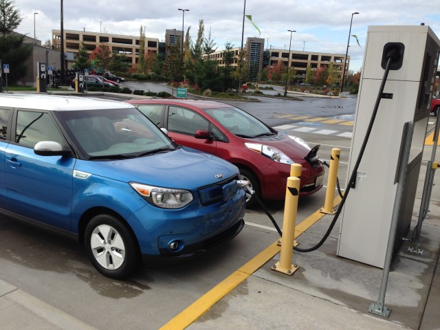 2017 Kia Soul Ev And Nissan Leaf At Blink Dc Fast Charger Fife