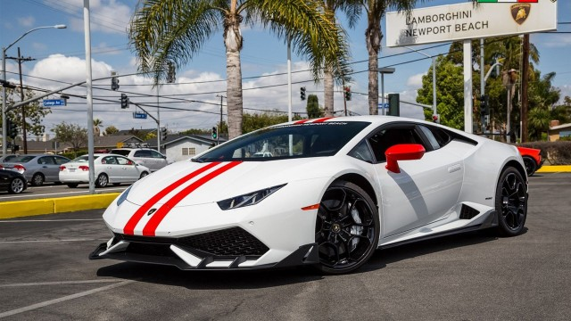 2015 Lamborghini Huracán equipped with aero kit - Image via Lamborghini Newport Beach