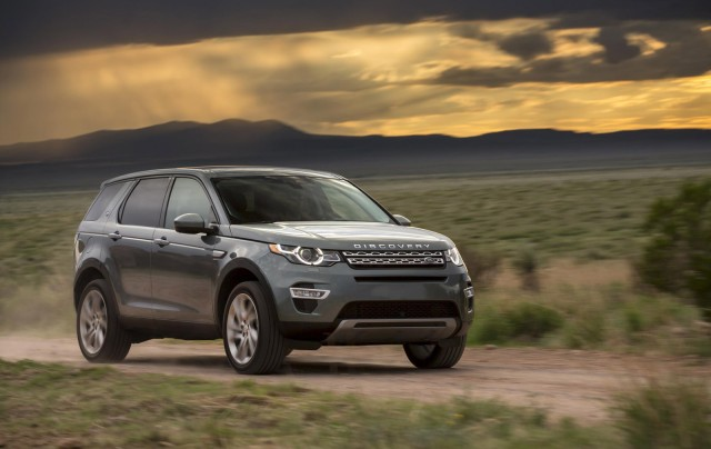 and photo sport driver review reviews first drive car land original rover landrover discovery s