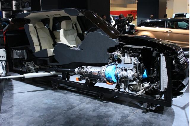 https://images.hgmsites.net/med/2015-land-rover-range-rover-sport-hybrid-2013-frankfurt-auto-show_100439722_m.jpg