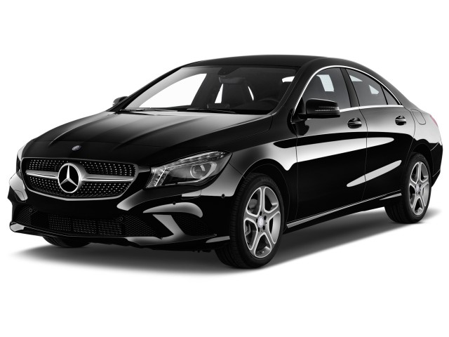 2015 Mercedes-Benz CLA Class 4-door Sedan CLA250 FWD Angular Front Exterior View