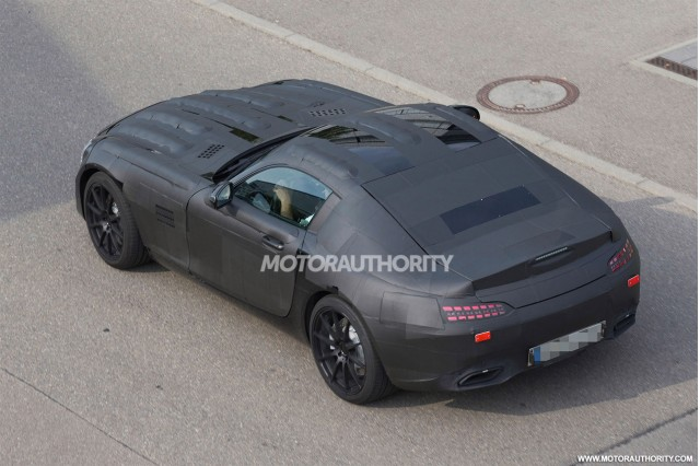 2015 Mercedes-Benz SLS AMG replacement (C190) spy shots