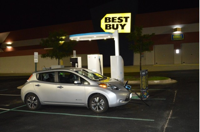 2015 Nissan Leaf at evGo fast charger at Arundel Mills Mall, Hanover, MD [photo John Briggs]