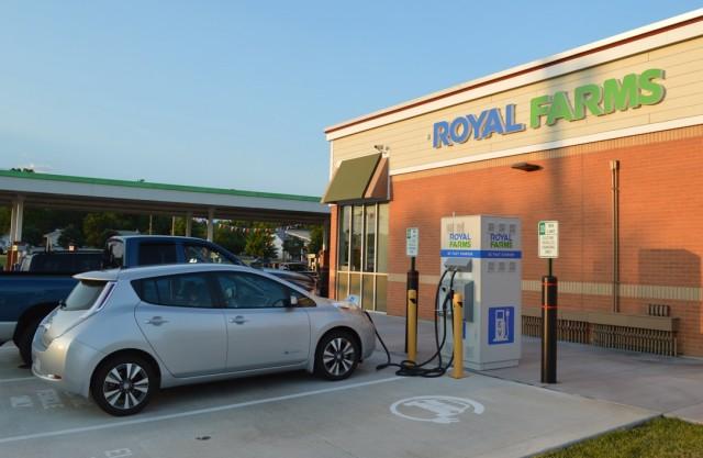 2015 Nissan Leaf fast-charging at Royal Farms, North East, Maryland [photo John Briggs]