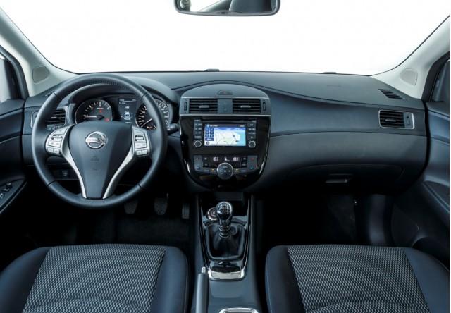 New Nissan Pulsar Compact Hatch Rivals Vw Golf But No U S Sales