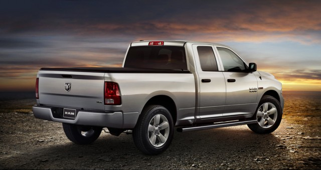2015 ram 1500 ecodiesel adds hfe model for higher fuel efficiency rating. Black Bedroom Furniture Sets. Home Design Ideas