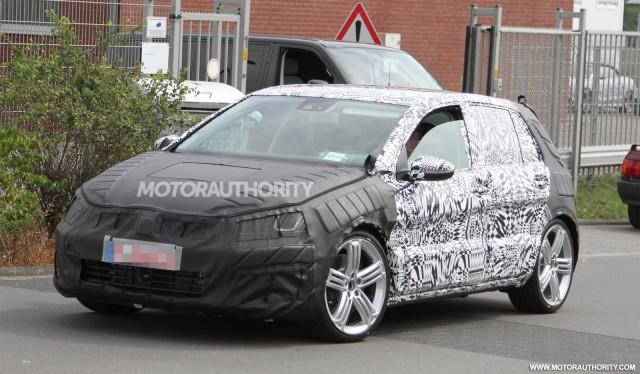 2015 Volkswagen Golf R spy shots