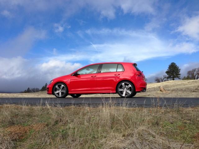 2015 Volkswagen Golf R - Driven, January 2015