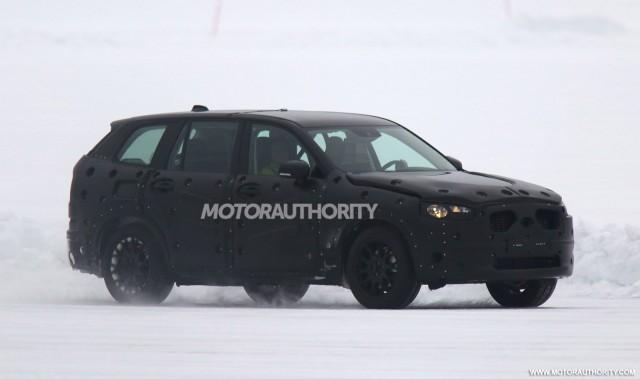 2015 Volvo XC90 spy shots
