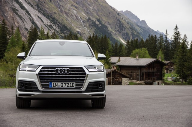 2017 Audi Q7 First Drive Review Gallery 1 Motorauthority