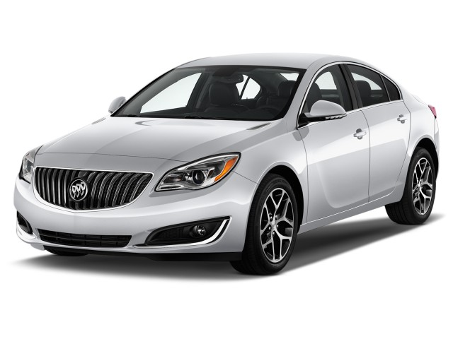 2016 Buick Regal 4 Door Sedan Sport Touring Fwd Angular Front Exterior View