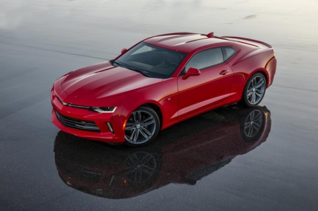 2016 chevrolet camaro convertible and 4 cylinder first drive page 2. Black Bedroom Furniture Sets. Home Design Ideas
