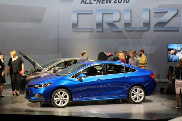 2016 Chevrolet Cruze Unveiling Detroit June 2017