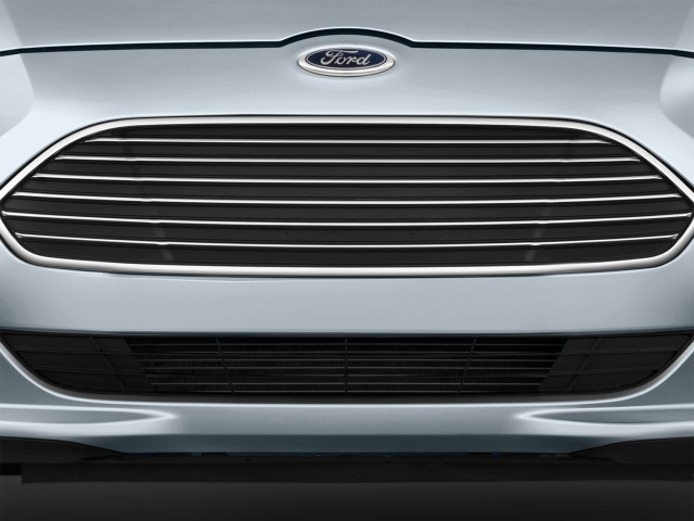 Grille - 2016 Ford Focus Electric 5dr HB & Ford CEO Mark Fields confirms 200-mile electric car coming (updated) markmcfarlin.com