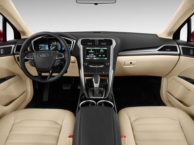 2016 Ford Fusion 4 Door Sedan Se Fwd Dashboard
