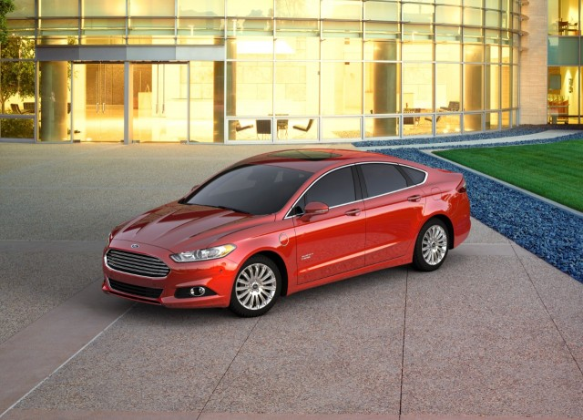 2016 Ford Fusion Energi & Best deals on hybrid electric fuel-efficient cars for April 2016 markmcfarlin.com