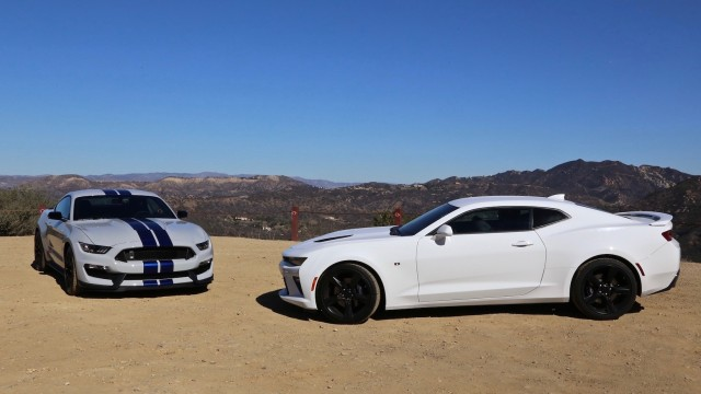 2016 Ford Shelby Gt350 Vs Chevrolet Camaro Ss