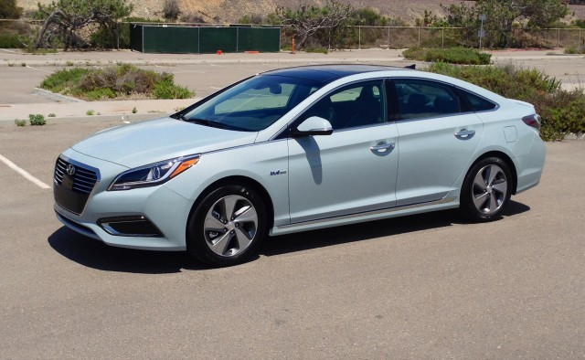 2016 Hyundai Sonata Hybrid - First Drive, May 2015
