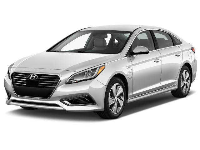 2016 Hyundai Sonata Plug In Hybrid 4 Door Sedan Limited Angular Front Exterior View