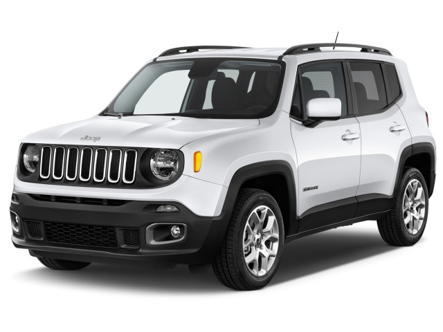 2016 Jeep Renegade FWD 4-door Latitude Angular Front Exterior View