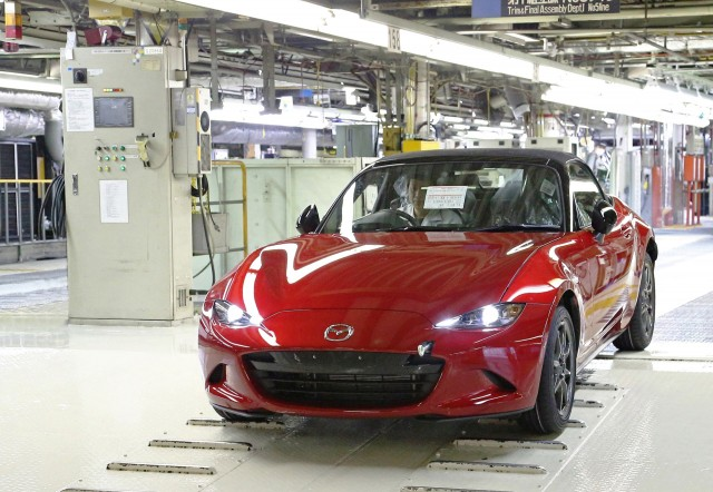 2016 Mazda MX-5 Miata production in Hiroshima, Japan