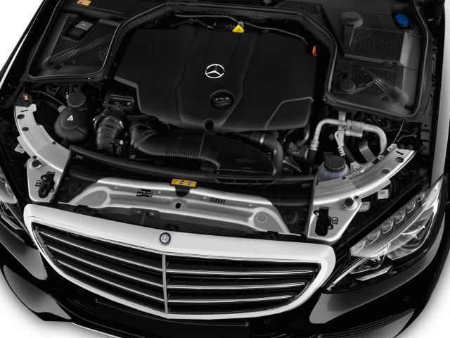 2016 Mercedes-Benz C Class 4-door Sedan C300 Luxury RWD Engine
